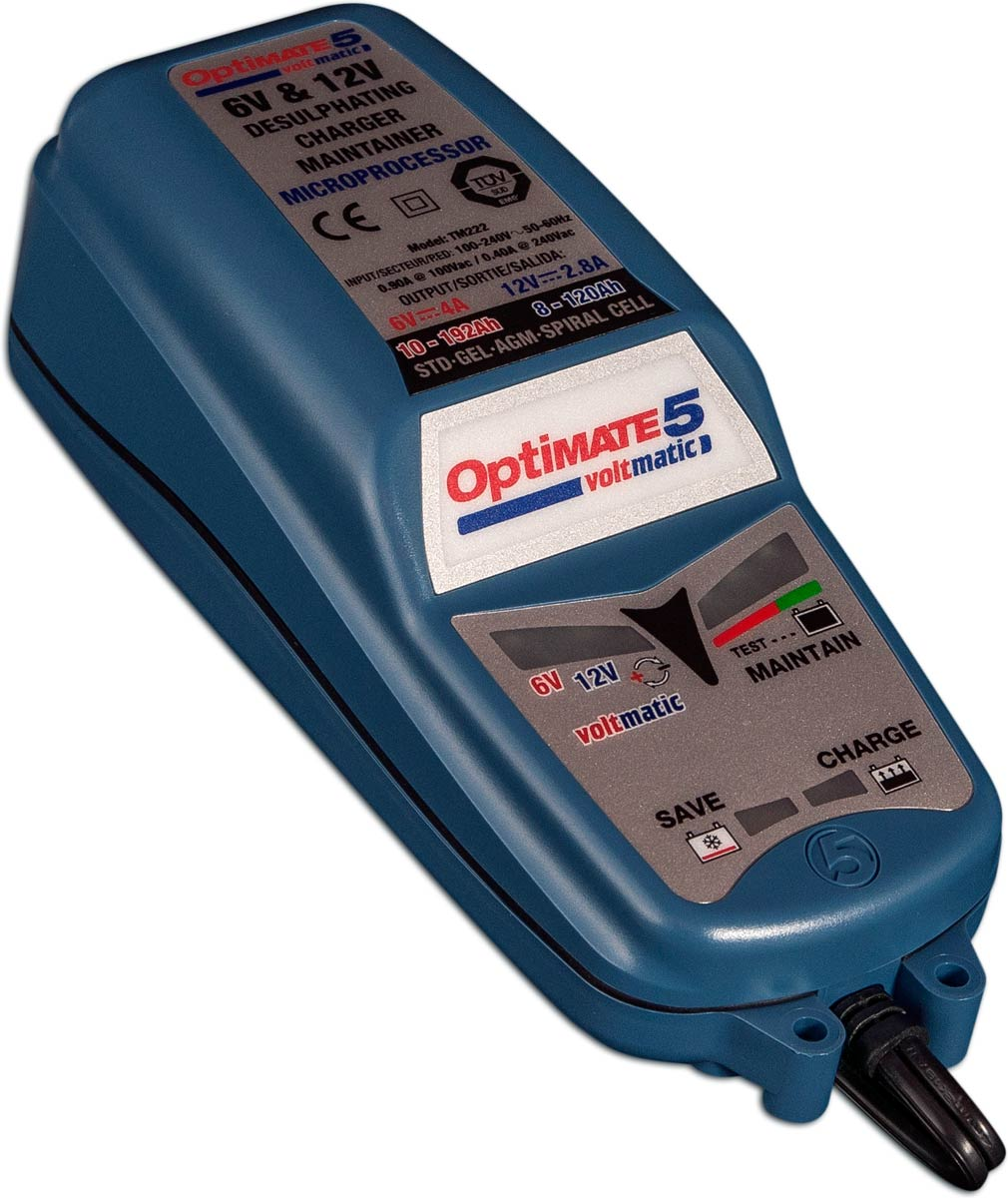 L'outil TecMate OptiMate 5 Voltmatic permet de recharger les batteries