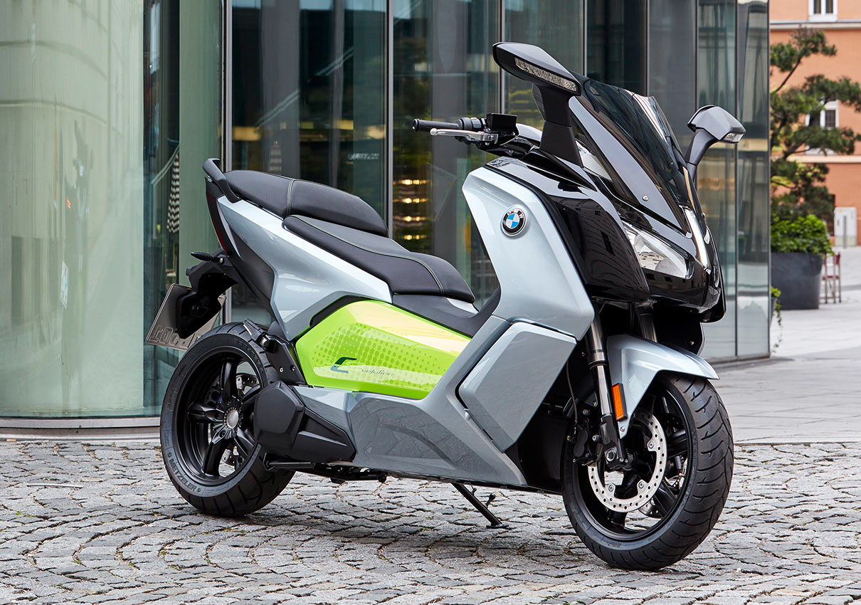 Pour 2017, le BMW C-evolution se décline en 2 versions : A1 et Long Range