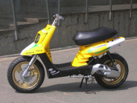 MBK Booster Spirit Yellow Racer made in Wipe2 - 3
