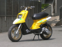 MBK Booster Spirit Yellow Racer made in Wipe2 - 5