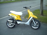 MBK Booster Spirit 2004 Hebo Yellow de Tantan - 1
