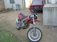 Derbi Supermotard Red Metrakit Racer de Yanckees18 - 4