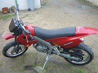 Derbi Supermotard Red Metrakit Racer de Yanckees18 - 6