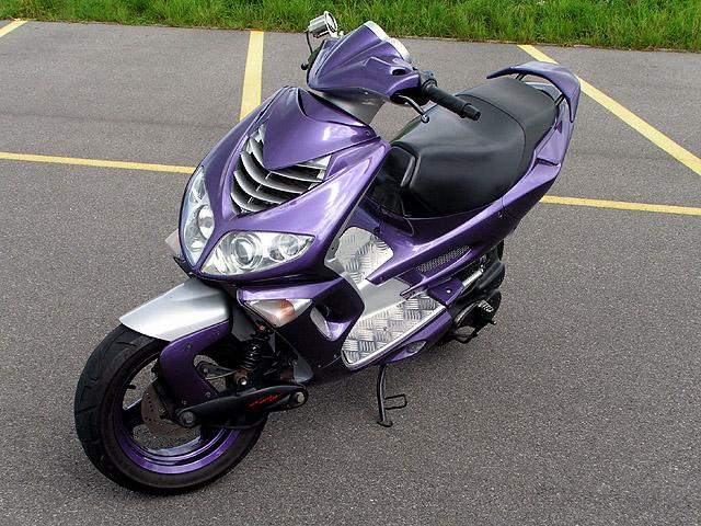 peugeot speedfight 2 lc purple de hugo