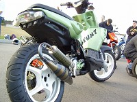MBK Stunt MHR Team Green Tuning de Flo - 1