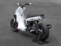 MBK Stunt White Out (perso-10067-08_11_29_18_13_38)