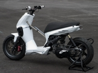 MBK Stunt White Out (perso-10067-08_11_29_18_13_47)