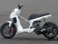 MBK Stunt White Out (perso-10067-08_11_29_18_14_03)