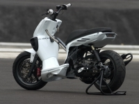 MBK Stunt White Out (perso-10067-08_11_29_18_14_11)