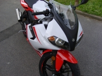 Yamaha TZR 50 White And Red (perso-10764-09_01_13_12_11_32)