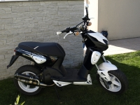 MBK Stunt Black And White (perso-16618-10_04_24_00_18_21)