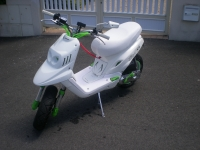 MBK Booster Spirit White And Green (perso-16983-10_06_06_12_50_19)