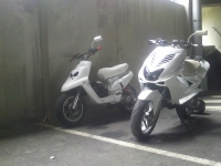 MBK Booster Spirit 2004 Over'White 70cc MHR (perso-18433-11_07_23_09_57_08)