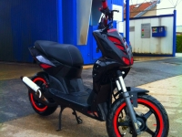 Avatar du Yamaha Slider Naked Stunt Red Black