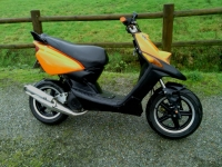 Avatar du MBK Booster Rocket Orange And Black