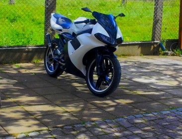Yamaha TZR 50 Black And White (perso-21144-066f27d4)