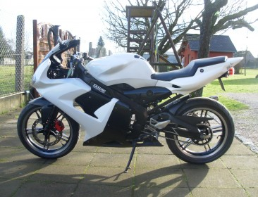 Yamaha TZR 50 Black And White (perso-21144-99c68725)