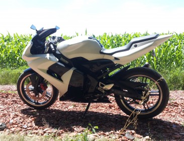 Yamaha TZR 50 Black And White (perso-21144-fe4f8b42)