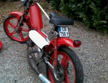 Peugeot 103 SP Glorious Time (perso-21164-0989cd22)