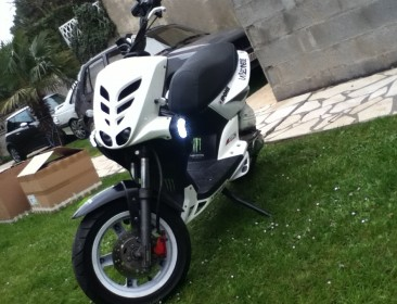 MBK Stunt Naked °°all Days°° (perso-21230-37e75abe)