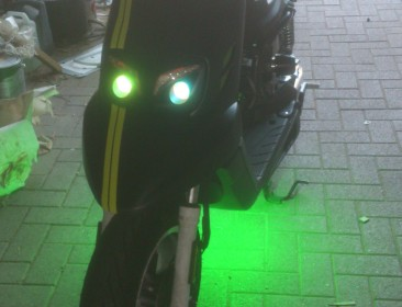 MBK Booster Spirit 12 Naked Black & Green (perso-21411-27f00ae8)
