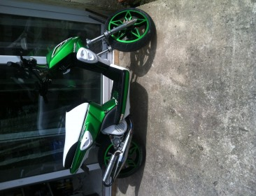 MBK Stunt Naked Monster Energy (perso-21702-11d6773f)
