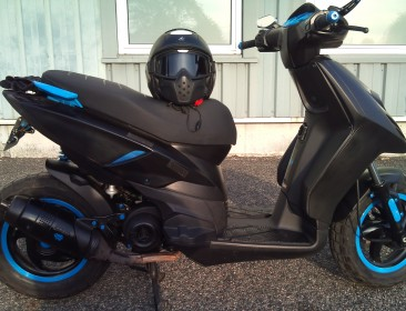 Piaggio New Typhoon 50 Black (perso-21707-30260636)