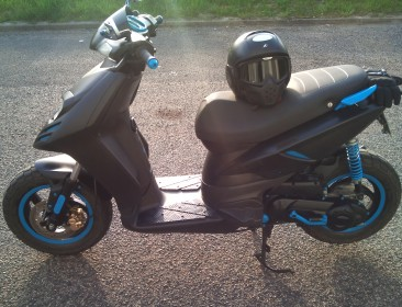 Piaggio New Typhoon 50 Black (perso-21707-8778caad)